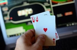 Get the Benefits of Betting on the Trusted Online Poker Gambling